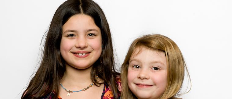 h Sophia&Zoe